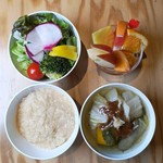 ベジフルキッチン - 豚汁セット1,000円(限定30食/日)