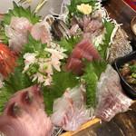 まるう商店 - 三浦地魚どっさり盛1