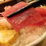 新宿 御さしみ家 - 海鮮丼のサーモン
