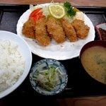 永田ドライブイン - カキフライ定食!