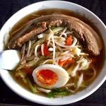 火鳳 - 料理写真:野菜角煮ラーメン