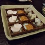 神戸野菜とフルーツ kitchen de kitchen~キッチン デ キッチン~ - お通し 長いも。もろみ味噌マヨネーズ、長芋?