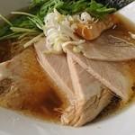 我流麺家 JIN - 料理写真:チャーシュー麺  醤油