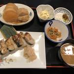 98738264 - 焼鯖寿司定食におでん単品2品を付けて1,020円