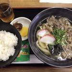 さぬき - 肉うどん(¥700)+定食(¥200)