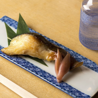 美味しいお魚を食べたくなったら当店へ。旬のお魚料理を堪能。