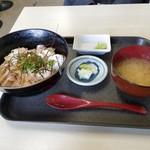 ぐっさん - のどぐろ炙り丼(¥1,500)