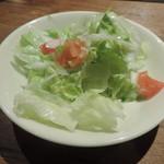ビストロ ウナストラーダ - サラダ