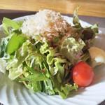 鉄板・懐石 くら馬 - 特選ステーキコースのサラダ