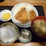 市場食堂 よし - 料理写真:魚フライ定食 2018.11