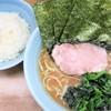 Yokohamaramemmusashiya - 料理写真:ラーメン並+ライス中