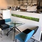 エフィッシュ - 手作りのアート感漂うカフェ3