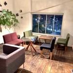 エフィッシュ - 手作りのアート感漂うカフェ15