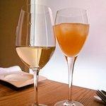 トラットリア レット - 白ワインと生搾りグレープフルーツジュース
