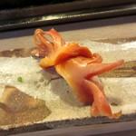 江戸富士 - 握り赤貝