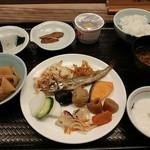 敦賀マンテンホテル駅前 - 料理写真:和寄りで朝食を