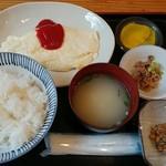 98798934 - オムレツ定食 白