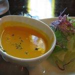 羅布乃瑠沙羅英慕 - スープとサラダ