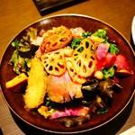 Supuringubareburuwarikyouto - ローストビーフと京漬物のチョップドサラダ