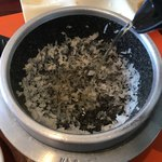 スンドゥブ・トーフハウス - 石釜ごはんのお焦げにコーン茶を投入