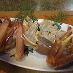 旬魚たつみ - 鍋に入れる松葉がに