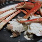旬魚たつみ - 陶板の蒸し焼きです
