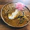 Karechanya - 料理写真:キーマときのこのあいがけカレー   ピクルストッピング⭐️