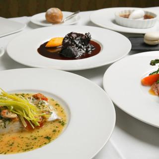 特別な一日を飾るコース料理。心を込めてお届けします