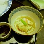 日本料理 対い鶴 - 冬野菜と生湯葉の炊き合わせ