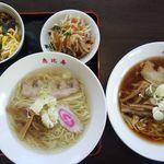 恵比寿 - 料理写真:「三色ビビンバ丼セット」(塩ラーメン)・「しょう油ラーメン」(手打ち麺)