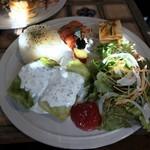 トレーラーcafe 銀色 - 料理写真: