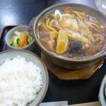 饂飩坊一休 - 料理写真:味噌煮込みうどん定食