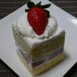 パティスリー アミュレット - ショートケーキ