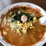 ラーメンと餃子の 一本松 - 料理写真:辛し味噌ラーメン780円