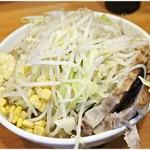 ラーメン二郎 - プチ二郎 730円 絶妙に汚らしいビジュアル。でもこれが美味いの。