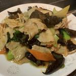 台湾料理 八福 - 豚肉とキクラゲ炒め