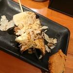 山家 - エリンギ串、味噌とおかかでジューシーで意外な当たりメニュー( ゜o゜)