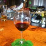 ビクトリア - ここのワインは、チョイスがよくとっても美味しいです。その時々で美味しいハウスワインが楽しめます。