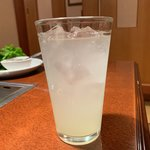 焼肉 寿苑 - ドリンク写真:レモンサワー400円