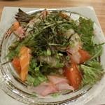 98856117 - 海鮮サラダ 780円