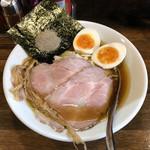 スープメン - 料理写真:「濃厚鶏醤油らぁ麺」650円+サービス味玉