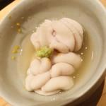 鮨 さかい - 噛むとヌメ〜っと白子汁が口中を満たします。痛風なんか問題な〜し