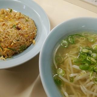 ラーメン亭 - 料理写真: