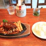 バーグマン - 料理写真:ハンバーグステーキ