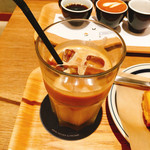 COFFEE VALLEY - ラテ アイス  530円