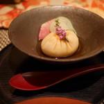 kiwa - 料理写真:ごまどうふの巾着絞り