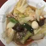 まんぷく亭 - 中華丼のアップ