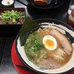 一刀竜 - ラーメン ねぎ塩牛タン丼