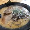 とんこつラーメン たっちゃん - 料理写真: