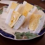 洋食喫茶かまた - 厚焼き玉子サンド